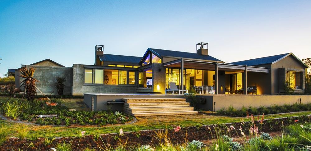 Veld Architects Projects - Modern Established Farm