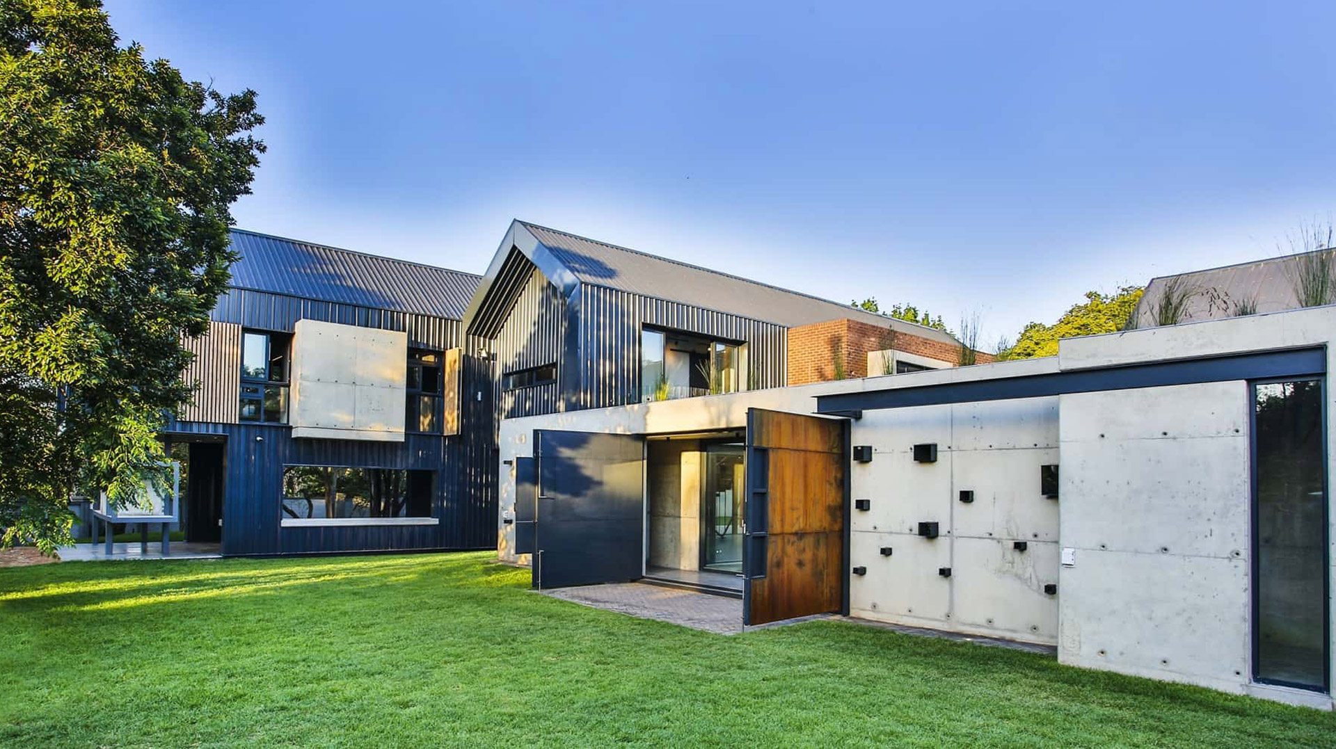 Veld-Architects-Ode-to-the-industrial-revolution-feature